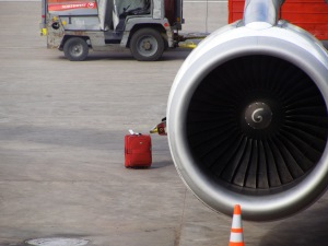 Jet engine and suitcase